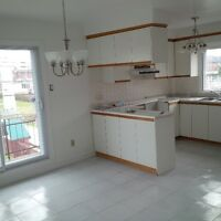 Bright Spacious 5 1/2 in Saint Leonard upper 5plex