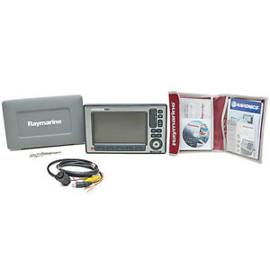 RAYMARINE-E90W-E62220-US-TOUCHSCREEN-MULTIFUNCTION-BOAT-NAVIGATION-DISPLAY-KIT