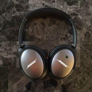 Bose QC25 Noise Cancelling Headphones - Mint Condition