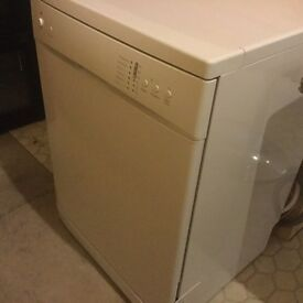 Free standing 12 setting dishwasher