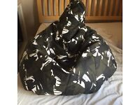Camouflage beanbag chair and stool childs