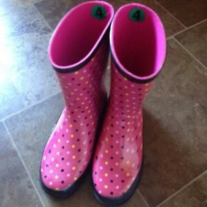 Girls Rubber Boots  Size 4
