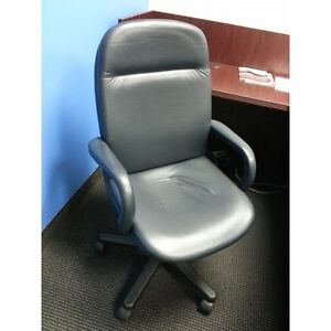 Modern Executive Navy Blue Soft Leather Task Chair