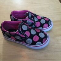 Vans slip-ons (6.5 toddler)