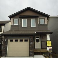 Beautiful 3 BEDROOM  ATTACHED GARAGE SINGLE HOUSE IN EDGEMONT