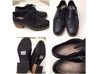 Clarks Shoes Women/Ladies Size 6.5E uk