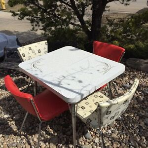 Super Retro Vintage Kitchen Table and Chairs