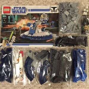 Lego Star Wars 8018 Armored Assault Tank  2009 Complete w/book