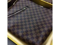 Brown monogram Louis Vuitton sleek and tidy design lv cross body with zip closure nice and handy