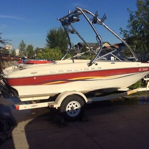 Well maintained bayliner. Reduced price!