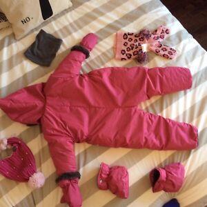 Habit de neige une pièce Perlimpimpin pour bébé (30 mois) Saguenay Saguenay-Lac-Saint-Jean image 9