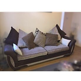 Dfs sofa with scatter cushion back. -£30