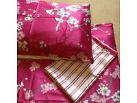 King size pink silk effect duvet