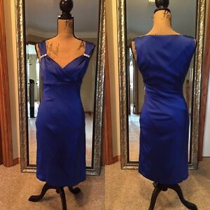 Le château small royal blue dress (worn for a wedding) Kitchener / Waterloo Kitchener Area image 1
