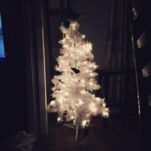Christmas at Kadie's Liquidation Stratford Kitchener Area image 4