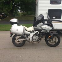 2004 Vstrom 650 with low km +++