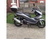 Honda pcx 125cc scooter 11 reg, poss delivery