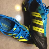 Soccer shoes great condition!!! Predators!!!