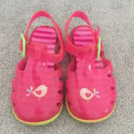 Girls jelly shoes infant size 5