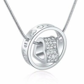 Stunning heart and ring pendant with chain