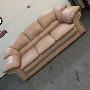 Sofa and chair, 100% Leather - New Condition