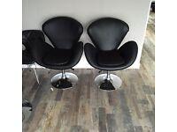 Hydraulic chairs