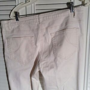 7 pairs of quality jeans.   Kitchener / Waterloo Kitchener Area image 7