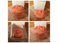 Bathbomb cupcake - vanilla cupcake scented