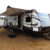 "2016!! 29MSB TRAIL RUNNER O/A 34'1"" GREAT LAYOUT!!"