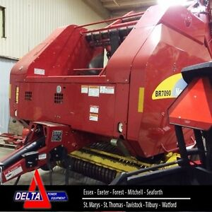 2013 New Holland BR7090 Baler
