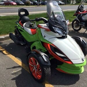 Can am spyder S T S 2015
