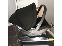 Mamas & Papas newborn car seat & isofix base.