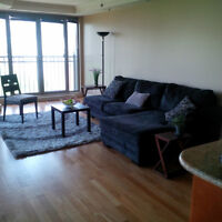 New Price!!Downtown  3+ bdrs Condo on Open House 2-4
