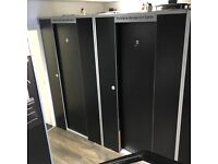 X2 Stand up Sunbeds with changing rooms