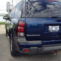 Dark blue 2003 chevy trailblazer LT 4X4 4.2 6 Cyl. Engine