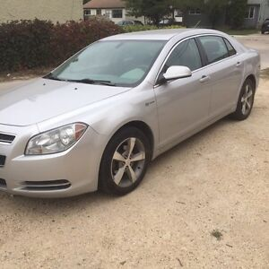 2010 Chevrolet Malibu Hybrid new safety
