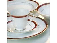 NORITAKE MARBLE RED DINNER PLATES £5 EACH OR LESS IF YOU BUY MULTIPLES OF 4