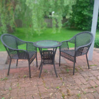 BISTRO OUTDOOR TABLE AND CHAIRS FOR SALE $60