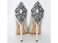 Mischka Badgely Kiara wedding shoes size 5