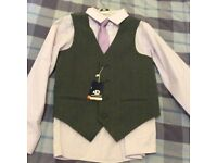 Boys suit new with tags, aged 10.