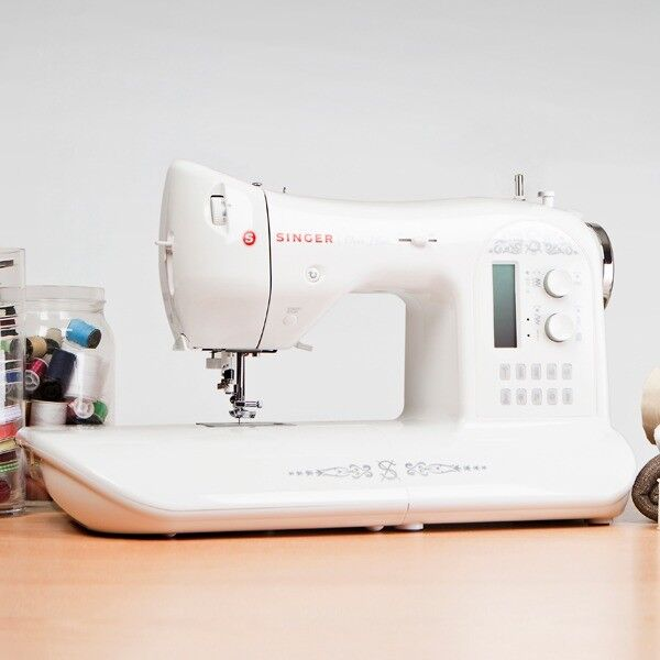 New In Box Unwanted Gift SINGER ONE PLUS SEWING MACHINE In Talke Awesome Singer One Plus Sewing Machine