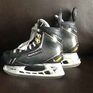 Youth Bauer Supreme ONE.9 size13.5D