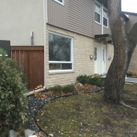 North Kildonan-Luxury Condo/low fees/Largest in its Complex