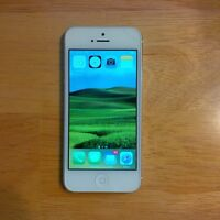 Unlocked White iPhone 5 with free case & charger, 32 gb