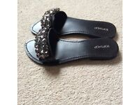 Beautiful Black Flat Sandals - Size 5 - Topshop - £15