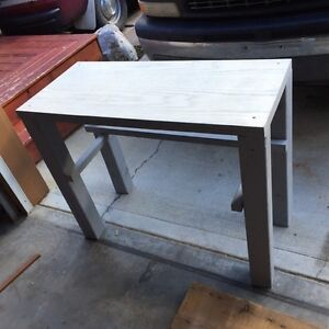 Desk / perfect ski wax table FREE