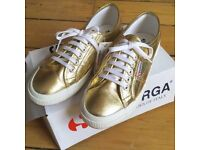 BNIB Ladies Supergra 2750 metallic gold trainers, UK8, RRP £55