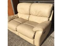 Cream leather recliner sofa. Free delivery in Belfast!