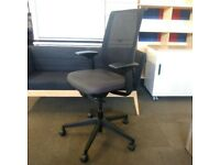 Steelcase Reply Air Task Chair / Designer Office Chair