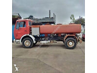 Left hand drive Mercedes Benz 1613 6 cylinder 7000 litres WATER tanker. On big axles.